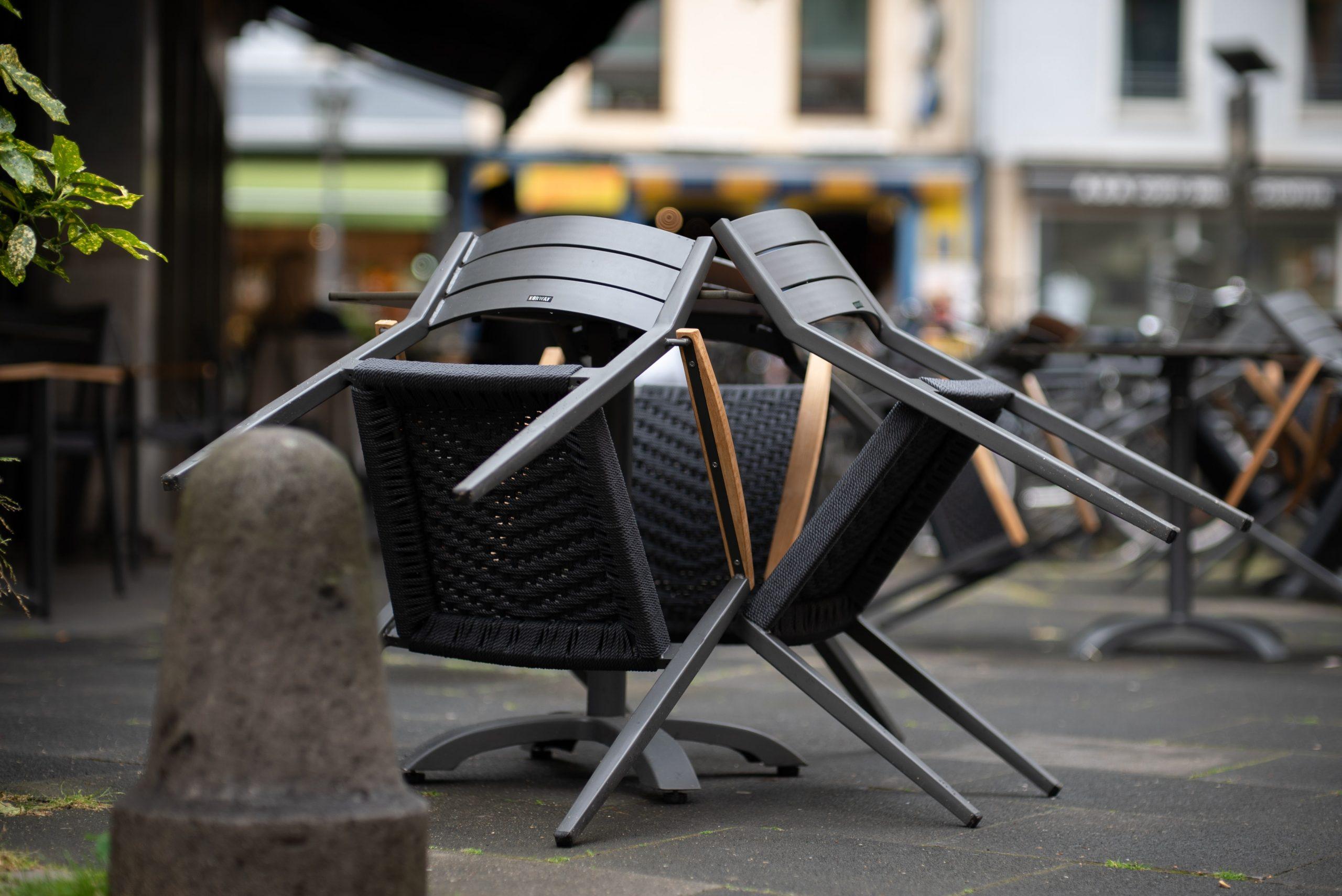 Reštaurácie a iné stravovacie služby- Náhrada škody, ušlého zisku a nemajetkovej ujmy